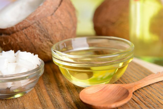 7 Health Benefits of Coconut Oil According to Science